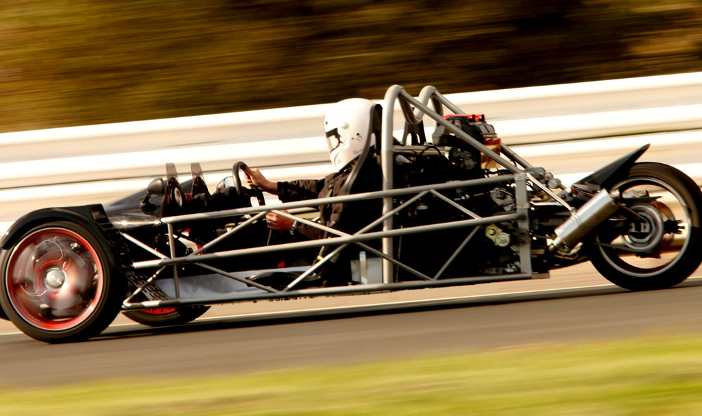 rebel performance machines tR1ke on the track